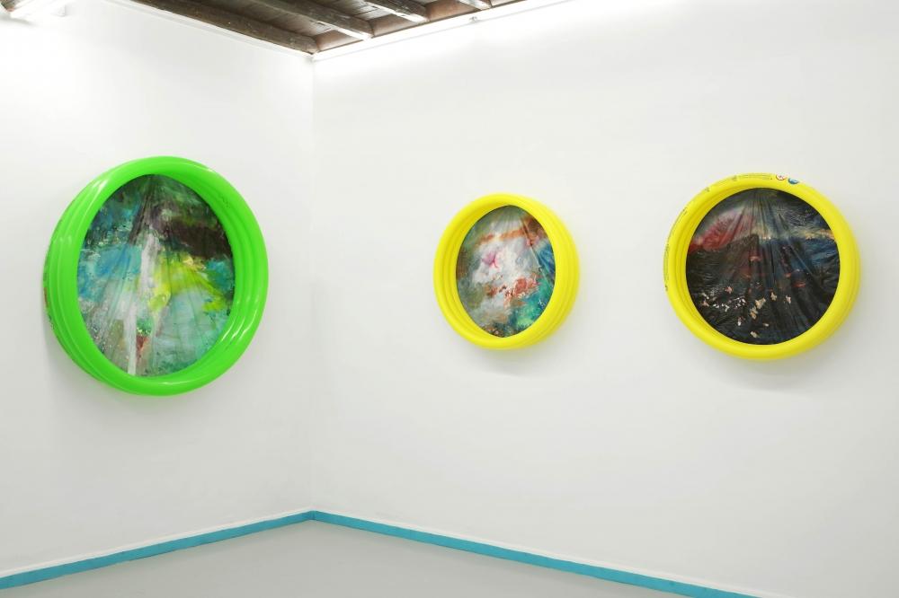 OPERATIVA ARTE CONTEMPORANEA :: Exhibition :: VINCENZO SIMONE   Wonder (Sette piscine)